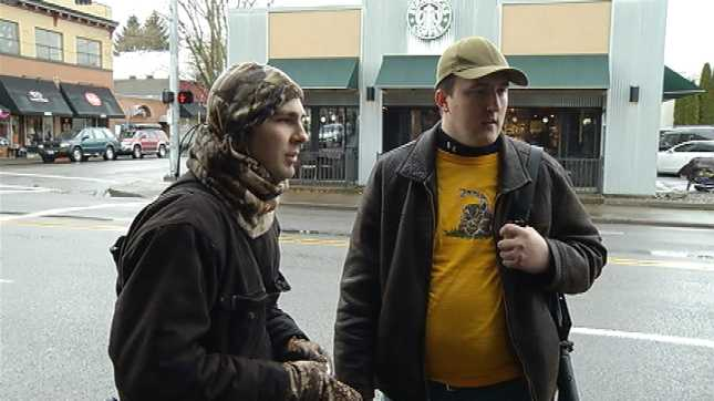 men-armed-with-assault-rifles-walk-through-portland-to-educate-public1