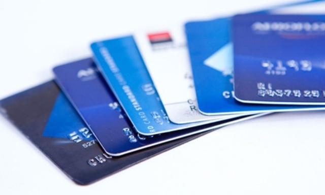 cracking-cards-scam-credit-cards_640x