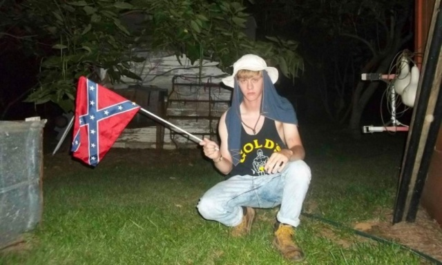 dylann-roof-charleston-confederate-flag_640x